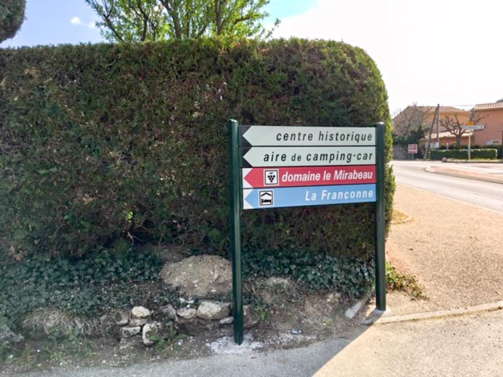 Panneaux Gîtes la Françonne